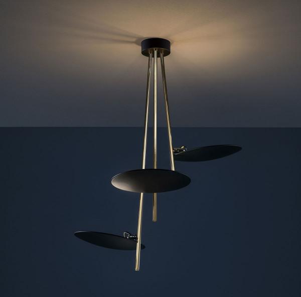 LED-Deckenleuchte LEDERAM C3 von Catellani & Smith - hier die Variante LC32: Leuchtenschalen Schwarz, Schwarze Stange (Foto zeigt andere Oberfläche), Deckenbaldachin Schwarz