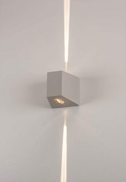 LED Fassadenstrahler in Oberfläche grau mit zweiseitiger, sehr schmaler Abstrahlung