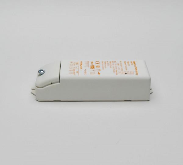 Elektronischer Transformator 20-105VA, LED 3-55W, dimmbar. Geeignet sowohl für Halogen- als auch für LED-Leuchtmittel.