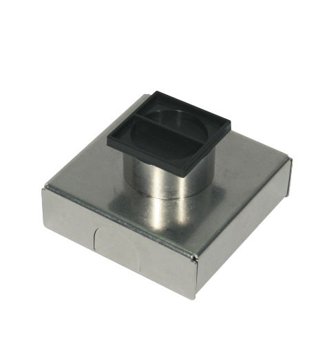 Metal in-ground housing for in-ground lights