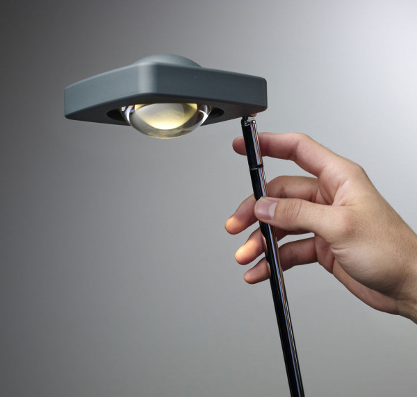 LED reading light KELVEEN by Oligo here the variant in graphite