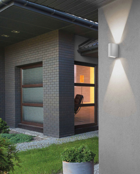 LED facade spotlight made of stainless steel with double-sided radiation 2x 65 degrees