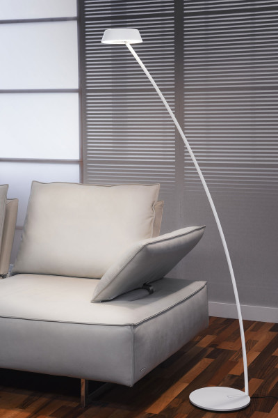 LED floor lamp / reading light GLANCE in the curved version with gesture control by Oligo - here in surface white matt